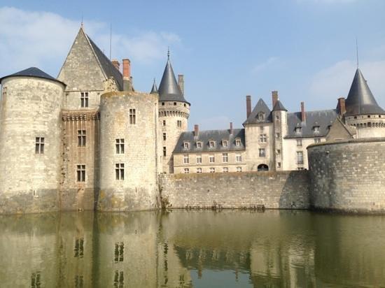 Sully-sur-Loire, Frankreich: vue extérieure
