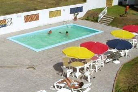 Janela Do Mar Apart Hotel: piscina, parrillers, área social