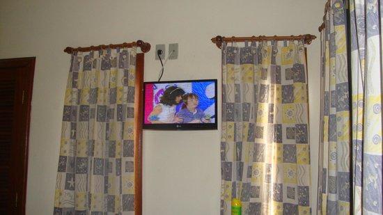 Pousada Sanhaco: tv