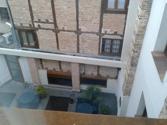 Hotel Spa La Casa Mudejar : patio interior desde la habitacion