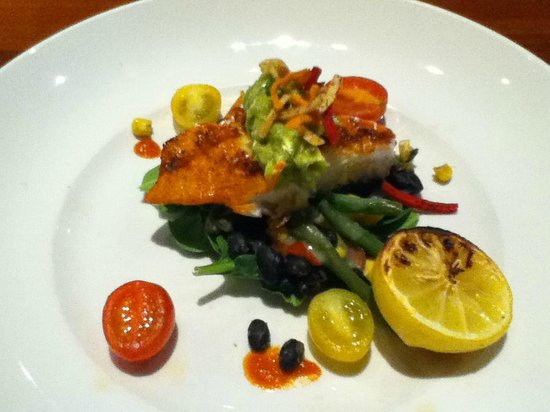 Seasons 52: split plate of salmon and veggies