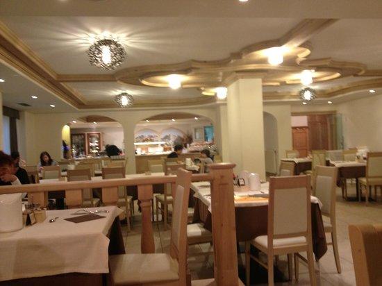 Hotel Crozzon: sala ristorante