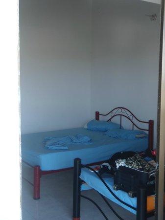 Sheylla's Place: Habitacion con baño privado