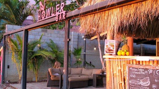 Howler Bar & Restaurant
