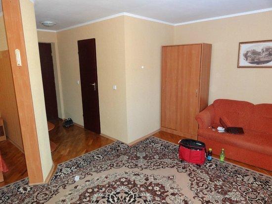 Hotel Ukraina : Sofa area