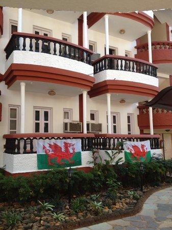 Santiago Beach Resort: Cymru Am Byth! Santiago Hotel Baga Goa.