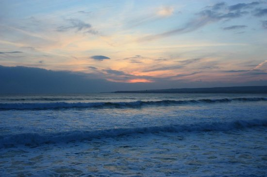 Lahinch Golf & Leisure Hotel: Lahinch Beach at Dusk