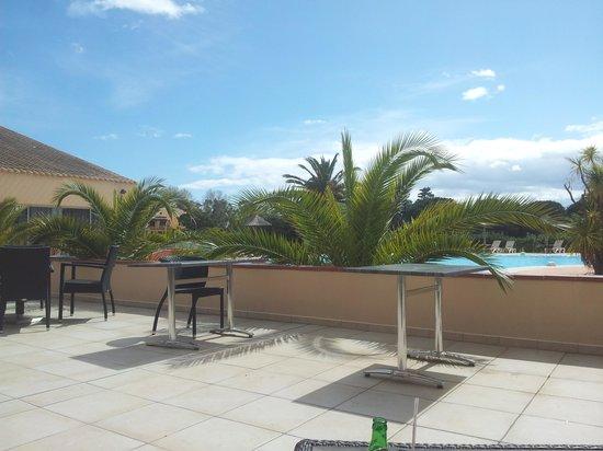 Hotel Le Mas d'Huston: Piscine