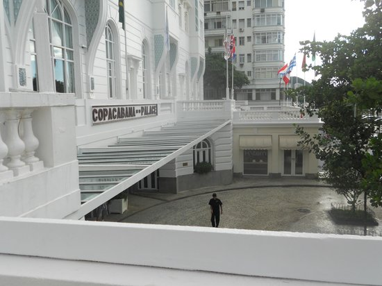 Belmond Copacabana Palace: Outdoor balcony area
