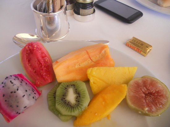 Belmond Copacabana Palace: Some of the many fruits from Pergula Restaurant
