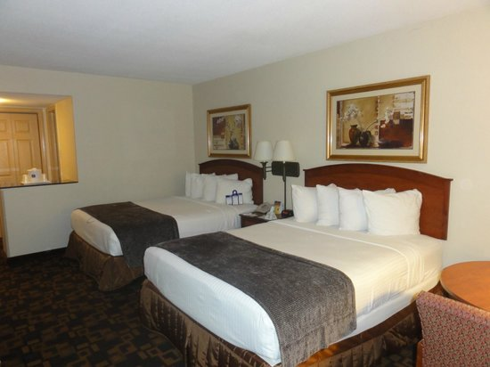 BEST WESTERN Palm Beach Lakes Inn: Zimmer