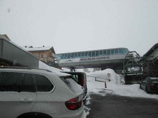 Sareis Sesselbahn: View from the parking lot