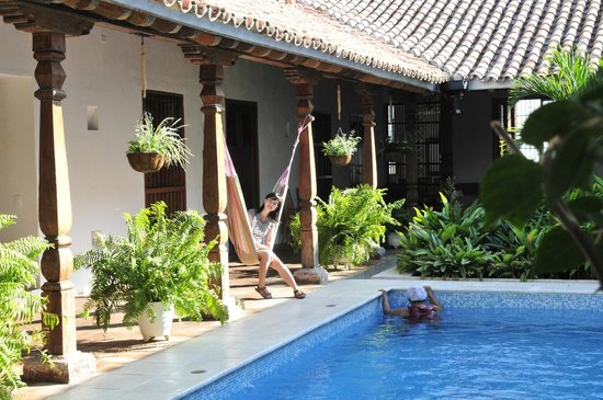 Bioma Boutique Hotel Mompox: the relaxing Hamaca next to the pool