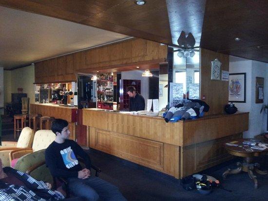 Hotel Le Verseau : Bar area