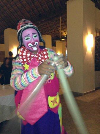 Allegro Cozumel: Clown