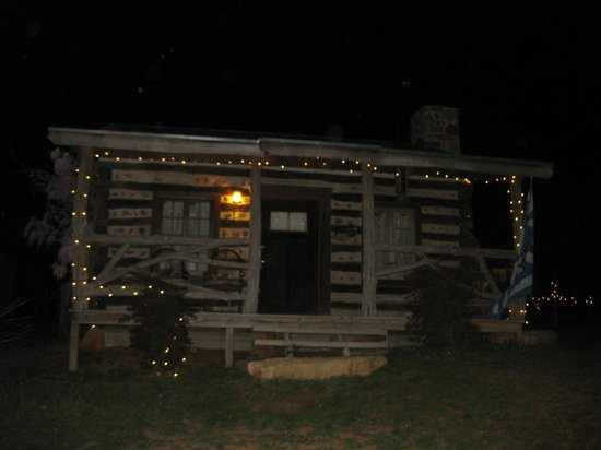 Barons CreekSide : Lucerne cabin at night with lights.