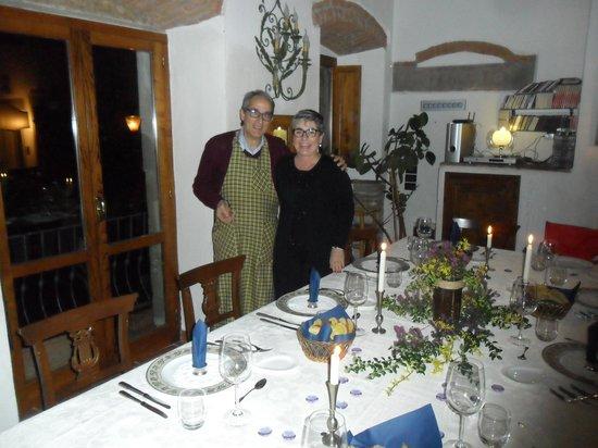 Relais Parco Fiorito: Cena in compagnia allo stesso tavolo