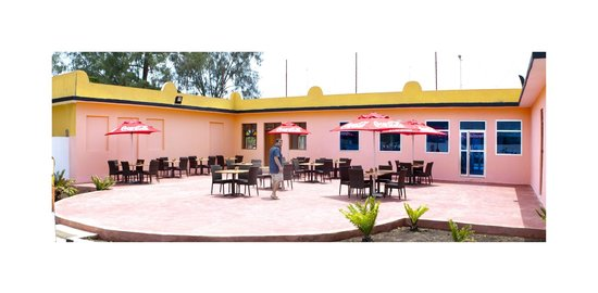 Mc Pippo's restaurant & Fast food: external area
