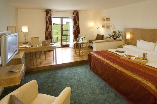Blarney Hotel Golf Resort