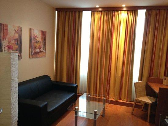 Star Inn Hotel München Schwabing, by Comfort: Star Inn salottino