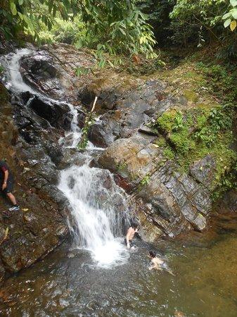 Brisas del Nara: Gorgeous, refreshing waterfall swim
