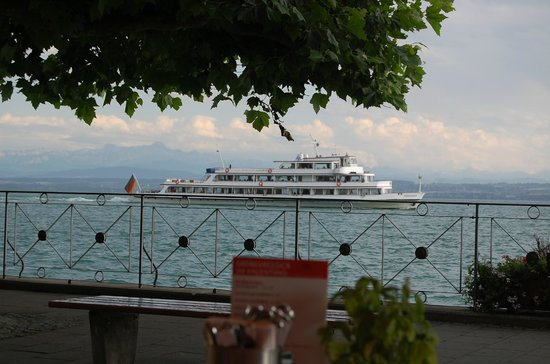 Hotel Weinberg: Hagnau waterfront on Lake Constance
