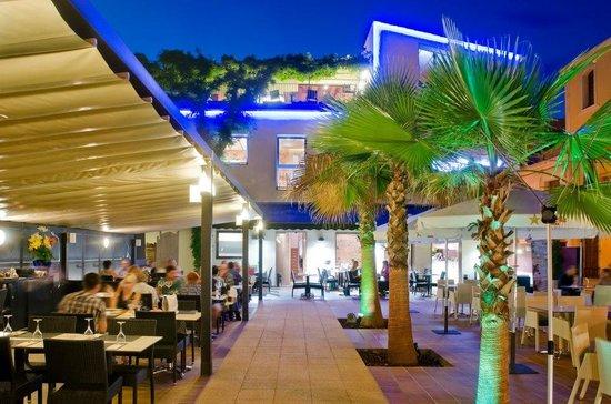 Can rosich pineda de mar restaurant reviews phone for Restaurant pineda de mar