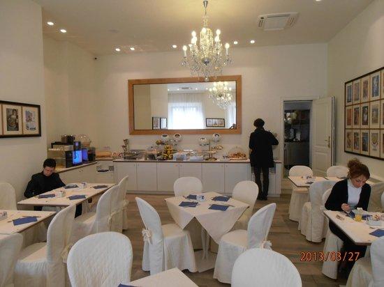 Hotel Italia: Breakfast