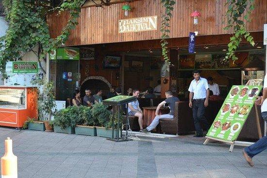 Taksim Bahcivan