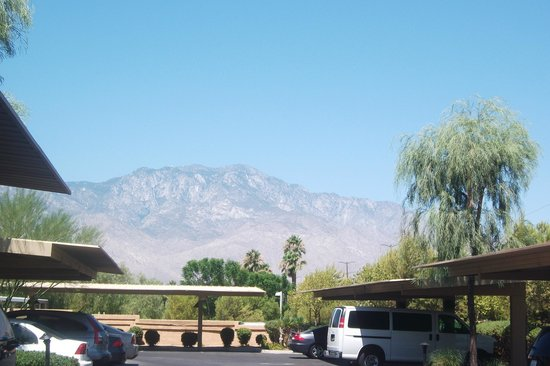 The Westin Mission Hills Villas: view of mountains from the unit parking lot