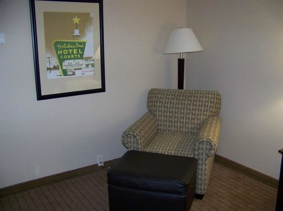 Holiday Inn Los Angeles International Airport: I liked the chair so much I took a photo of it