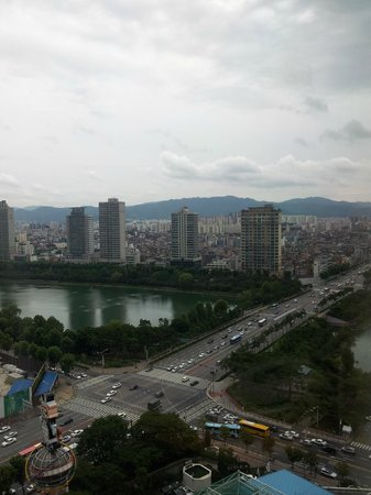 Lotte Hotel World: the fabulous view