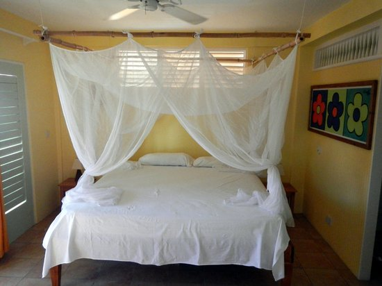 Mango Bay Cottages: Bedroom