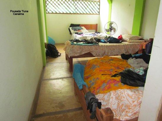 Camp Tiuna & Tours: Alojamento Tiúna (quarto)
