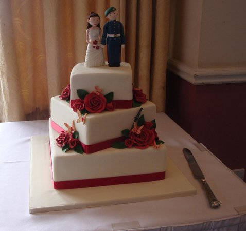 Blueberry Hill Patisserie: Beautiful Wedding Cake