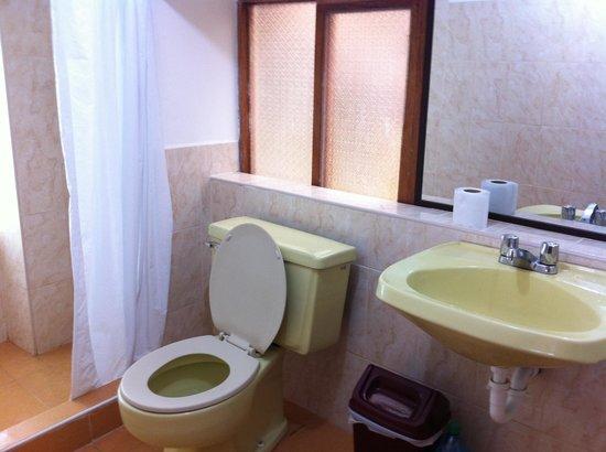 Hostal El Labrador: Toilet ensuite