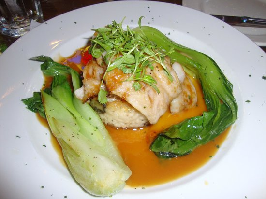5th Street Steak House : Hawaiian Butterfish over risotta cake with baby bok choy with a delicious Asian sauce