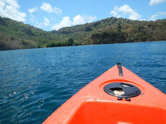 Mango Bay Cottages: Kayaks
