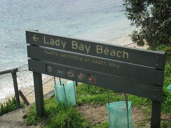 Watson's Bay: Nude Beach along walk