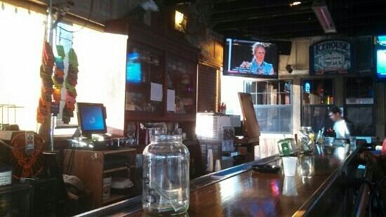 Shucker's Oyster Bar : outside bar