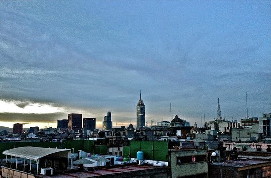 Rent a Local Friend - Tours: Downtown Mexico City rooftops