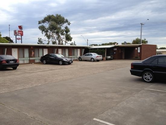 Mariner Motel: the motel