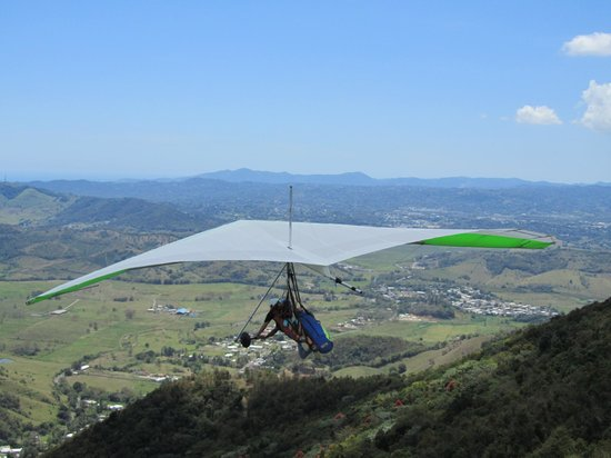Barefoot Travelers Rooms: Hang gliding