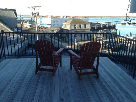 Woods Hole Inn: Deck