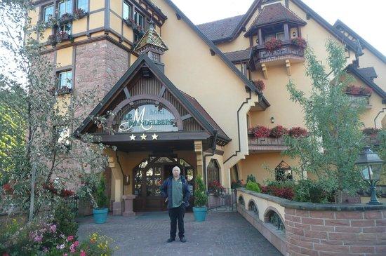Le Mandelberg : Façade de l'hôtel