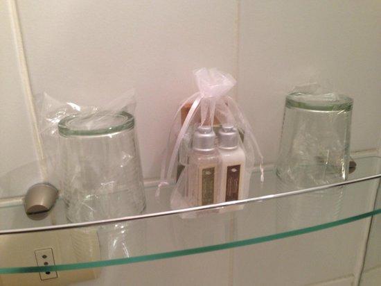 Ultramar Hotel: shampoo y jabón