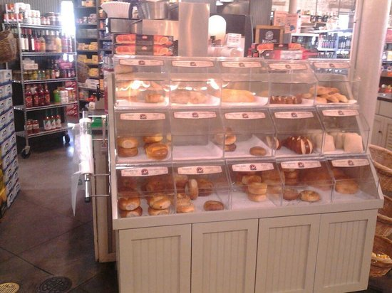 Parker's Market Urban Gourmet: Baked breads and rolls