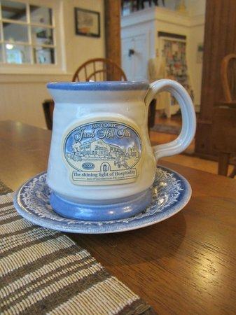 Historic Jacob Hill Inn: Personalized Jacob Hill Inn mugs