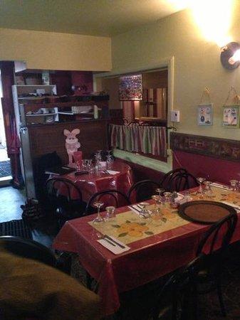 Resto Pizzeria: salle a manger
