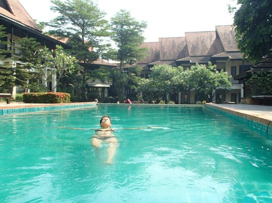 B2 Premier Resort & Spa: pool